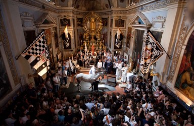 The Palio of Siena: benediction of the horse
